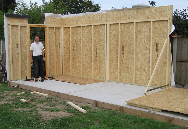 The workshop construction walls and rafters an for Garden shed workshop designs