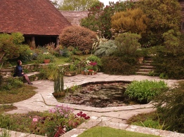 The sunken garden - octangular pond - perfection!