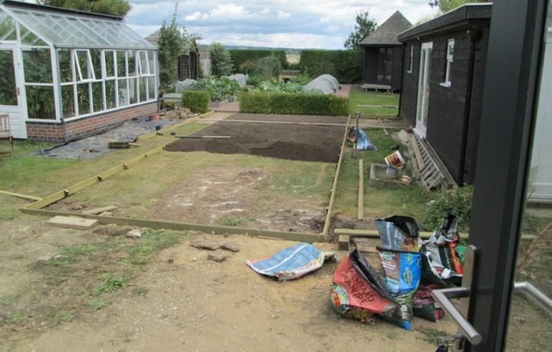 lawn-start-2014